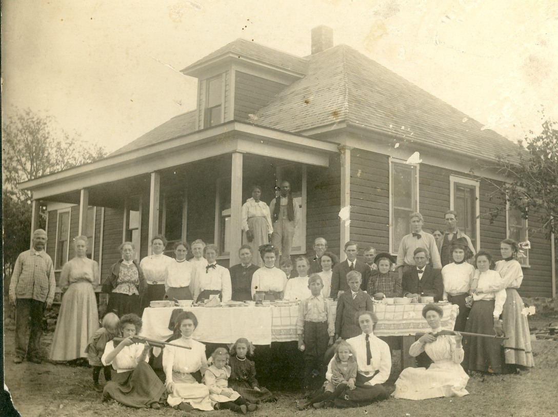 1895 OKC Thanksgiving at G. G. Bakers.jpg